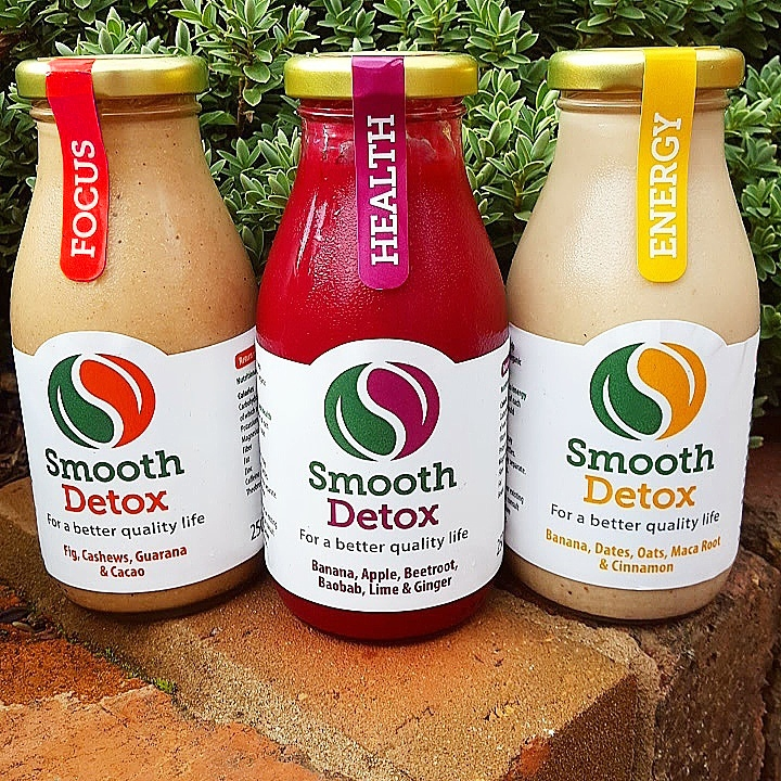 packaging design for smooth detox organic smoothies